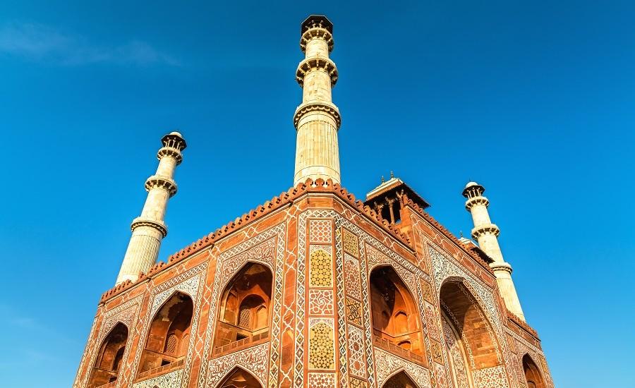 Rajasthan with Varanasi and Taj