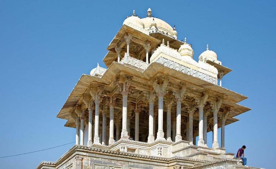 Royal Bengal Tiger with Taj Mahal
